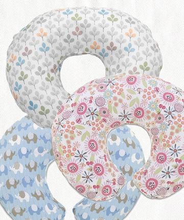Personalizza il tuo cuscino Boppy con le foderine colorate 100% cotone.